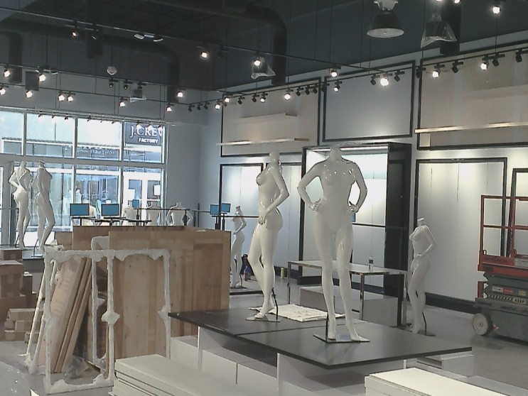 Bebe Store Niagara On The Lake Architectural Millwork Amp Door Installation